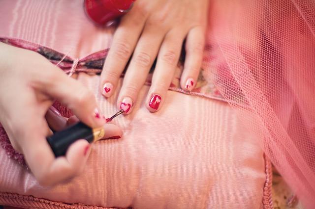 Hoe ik mijn nagels lang mooi houdt